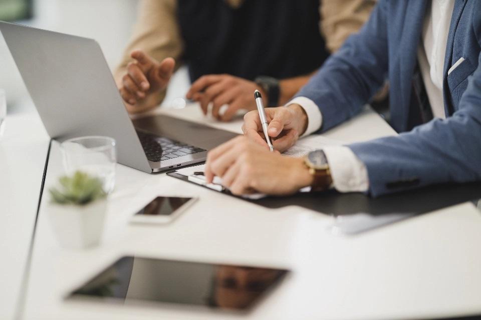 5 tärkeää asiaa jokaisessa kotitoimistossa tulisi sisältää, jos yrität johtaa yritystä